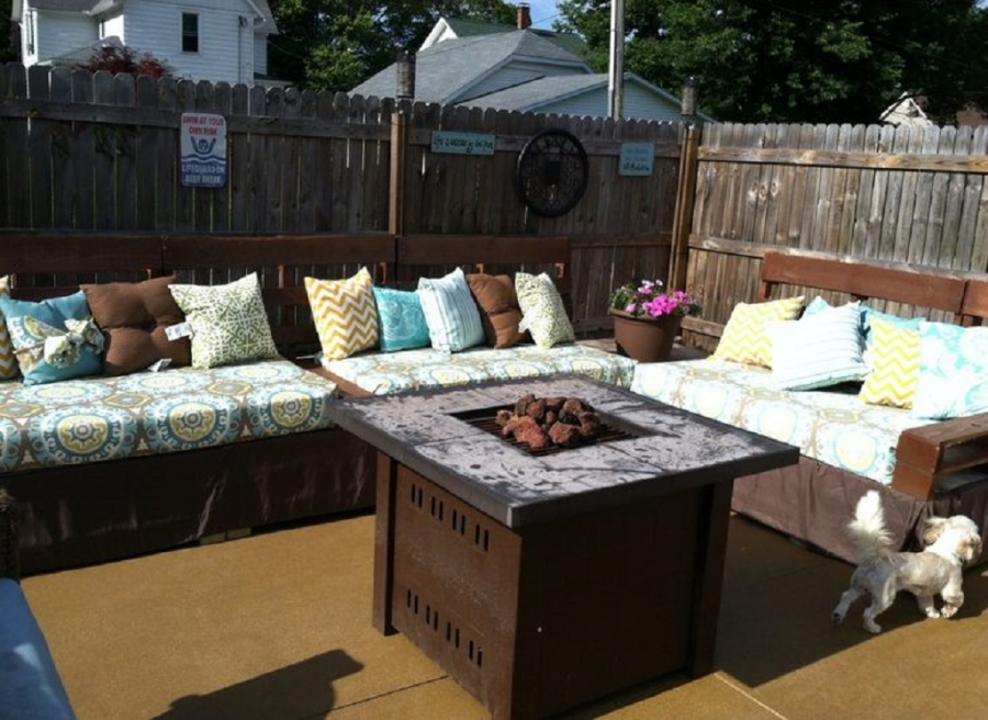 Best Outdoor Fabric For Patio Seating